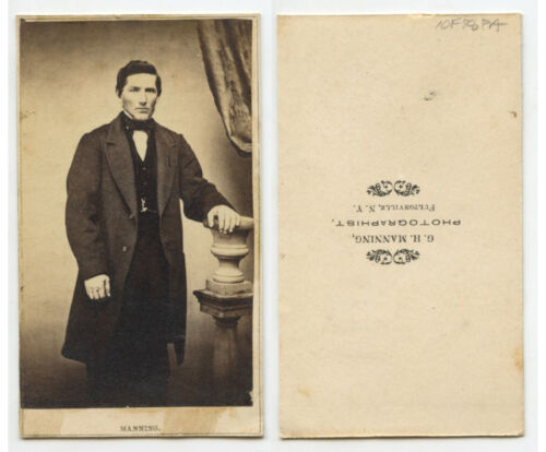 CDV PHOTO PORTRAIT OF HANDSOME MAN FROM FULTONVILLE, NY, BY MANNING