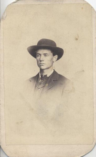 CDV PORTRAIT OF SERIOUS YOUNG MAN IN LARGE HAT - PITTSBURGH, PA