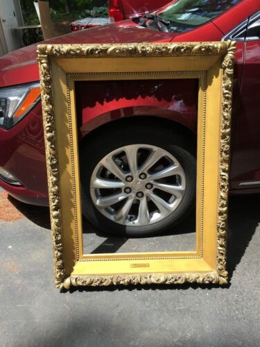 ANTIQUE MUSEUM QUALITY WOOD GILT FANCY FRAME FOR PAINTING 31-3/16 X 21-1/4 INSID