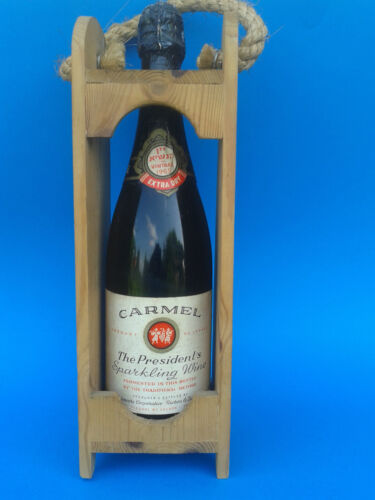 Old Original bottle of wine Carmel Israel 1965. Vintage Judaica <br/> * Look at my other offers in the shop