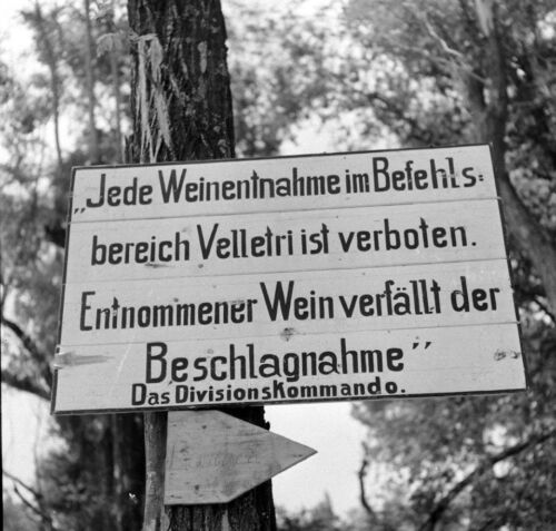 WW2 Photo WWII German  Sign Between Valmontone and Rome 1944  Italy   / 1416United States - 156437