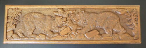 Circa 1920 Black Forest (Brienz) hand carved Box with two fighting Bears