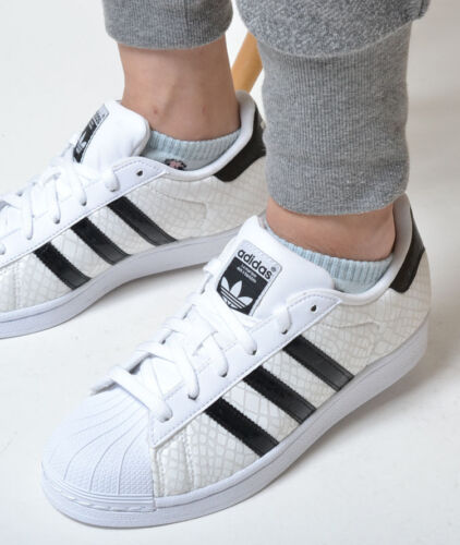 Adidas Originals Superstar Classic Sneakers New, White / Black Snakeskin d70171