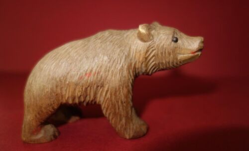 BLACK FOREST ANTIQUE CARVING WOOD CARVED BEAR