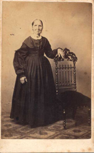 CDV PORTRAIT OF OLDER WOMAN IN DRESS   BONNET W/ STAMP ON BACK - MARIETTA, PA