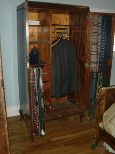ANTIQUE ENGLISH THREE PANEL APT SIZE ARMOIRE, MIRROR COMPARTMENTS,, C.1900