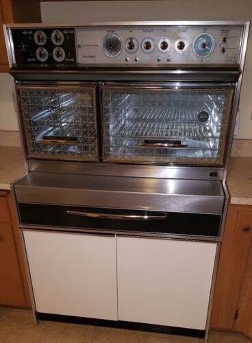 Vintage 1961 Frigidaire Custom Imperial Oven and Stove