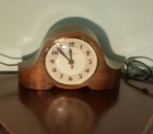 Vintage / Antique 1930s ART DECO SESSIONS Electric Mantel CLOCK Works Great!