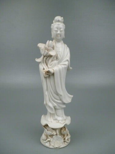 Old or Antique Chinese Porcelain Blanc De Chine Figurine of a Guanyin PC