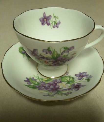 Gladstone Bone China Tea Cup And Saucer Purple  Floral Pattern made In England