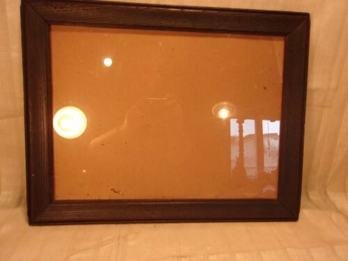 Antique OAK arts and crafts frame13 3/4 x 18  holds11 1/2 x 15 1/2 molding 1 1/2