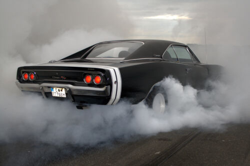 1968 DODGE CHARGER BURNOUT CLASSIC CAR POSTER PRINT 24x36 HI RES 9MIL PAPER