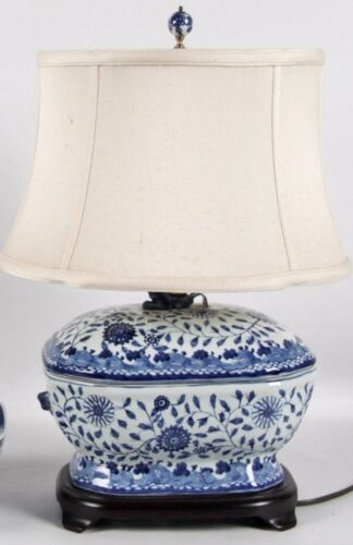 Cantonese Porcelain Tureen Blue and White Lamp with Shade