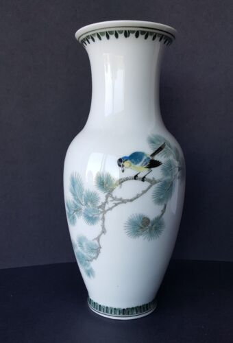 """Made in China 10"""" Porcelain Vase Marked Four Character Hand Painted Japan Bird"""