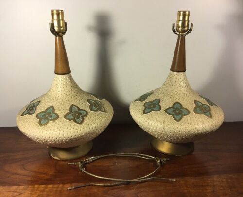 Pair Of 2 Vintage Danish Mid Century Modern Atomic UFO Teak Pottery Lamps Flower