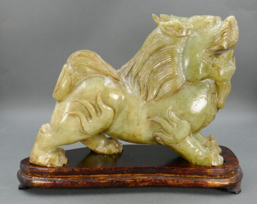 Fine Old Chinese Carved Serpentine Jade Lion Dog Temple Protector Statue Figure