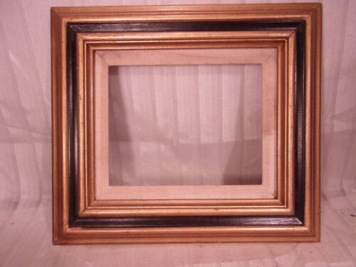 Vintage gold and black frame 14 3/4 x 16 3/4  holds canvas 9 1/2 x 11 1/2