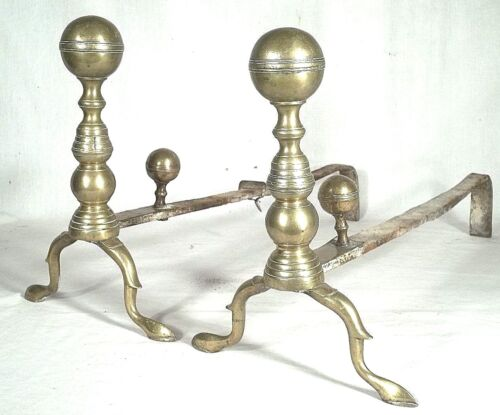 ANTIQUE PAIR OF 19th CENTURY FEDERAL BRASS BALL TOP SNAKE FOOT ANDIRONS