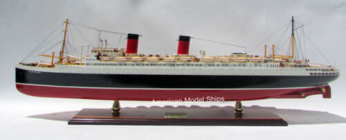 "SS Ile De France French 1945 Ocean Liner Model 38"" Museum Quality Scale 1:250"