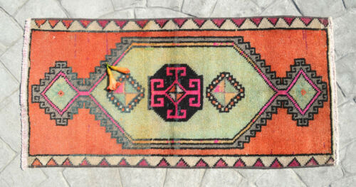Small Bath Rug Front of Kitchen Sink Mat Deco Hand Made Yastik Rugs 1.5 x 3 ft
