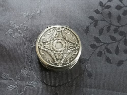 SOLID SILVER BOX FOR PILLS ART NOUVEAU END XIX