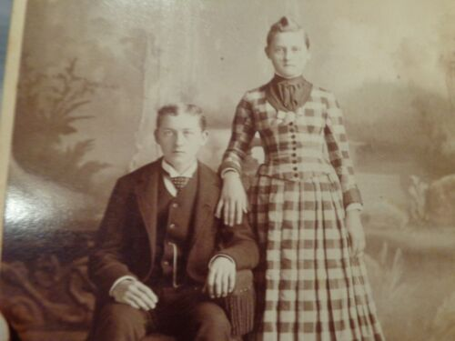 Antique Cabinet Card Photo of a Very Young Husband & Wife, Female Identified