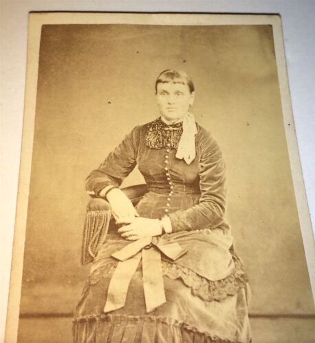 Antique Victorian American Woman, Fancy Fashion Dress! Beading Ribbons CDV Photo
