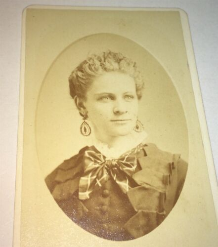 Antique Victorian American Gorgeous Fashion ID'd Lady! Sarah Breese NY CDV Photo