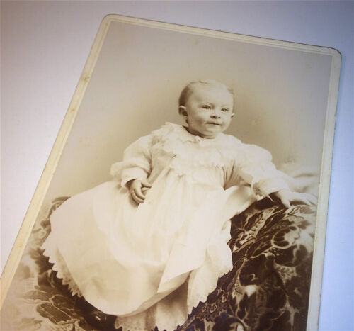 Antique Adorable Victorian Baby, Wonderful Face! New Hampshire Old Cabinet Photo