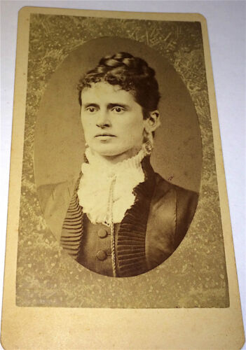 Antique Stunning Victorian Fashion Wealthy American Lady New Hampshire CDV Photo