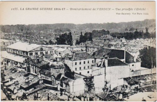 RARE ORIGINAL WWI 1914-17 LA GRAND GUERRE FRENCH POSTCARD #1155 BOMBING VERDUNMilitary - 921