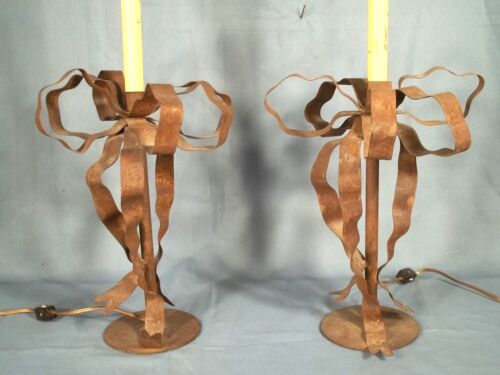 PAIR OF VINTAGE MID CENTURY TIN RIBBON AND BOW LAMPS