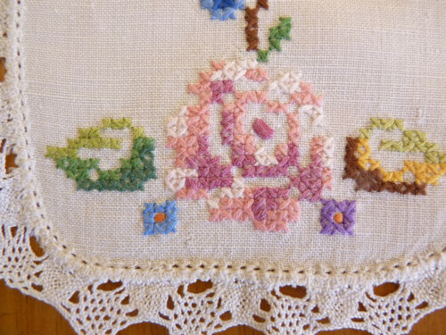 CROSS STITCH ROSES Pink Tones Small Doily Pair