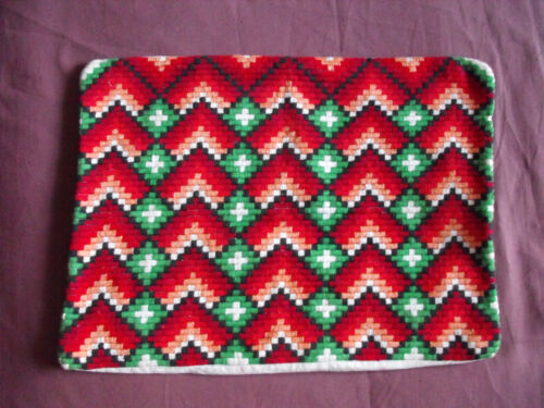 #1349  Beautiful  Vintage Hand Embroidered Pillow Case  44cm/33cm(17''x13'')
