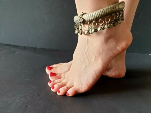 Old Afghanistan Tribal Gypsy Belly Dancing Ankle Bracelet in Local Silver