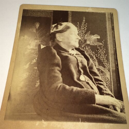 Antique Victorian American Fashion Old Woman, Winter of 1891 Cabinet Photo! US!