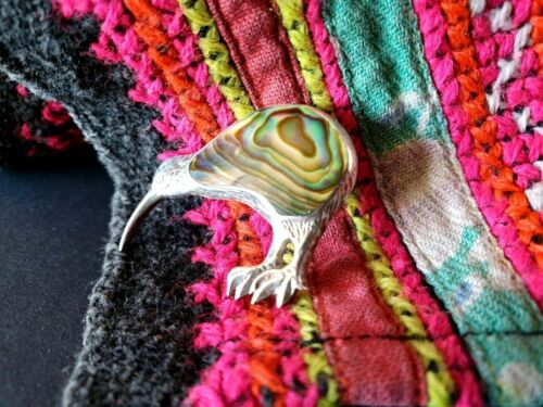 Old New Zealand Kiwi Bird Pin in STG Silver with Paua Shell …beautiful collectio