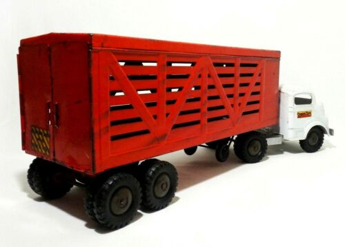 STRUCTO VINTAGE RED/WHITE ENAMEL PRESSED STEEL CATTLE FARMS LIVESTOCK TOY TRUCK