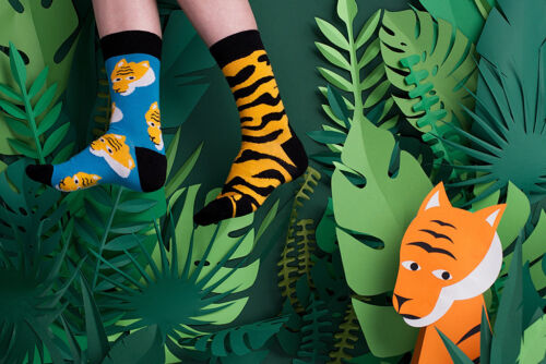 Womens Ladies Odd Mismatched Tiger Striped Happy Funny Novelty Cotton Crew Socks