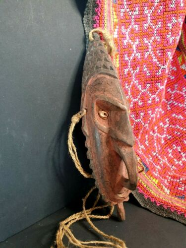 Old Papua New Guinea Carved Wooden Mask / Wall Hanging (a) Patina …beautiful col