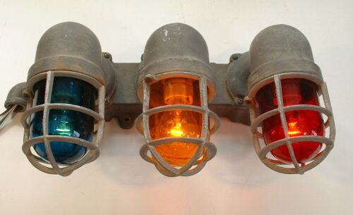 Crouse-Hinds Triple Explosion Proof Wall Sconce Vtg Industrial Alarm Light