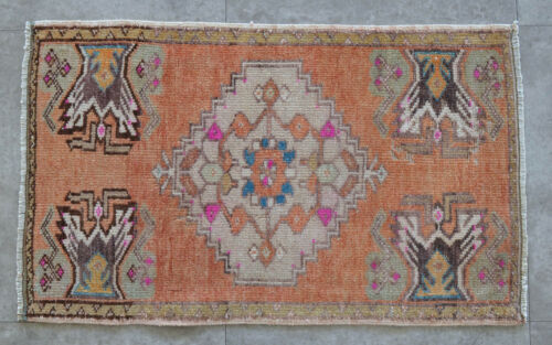 """20"""" x 33"""" LOW PILE Small Area Rug Hand Knotted Oushak Yastik Rug 50 cm x 83 cm"""
