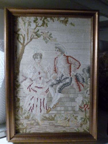 DEMURE VINTAGE TAPESTRY FRAGMENT OR EMBROIDERY NEEDLEPOINT OF 18TH C COUPLE