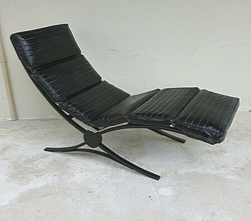 SUPER COOL MODERN CORBUSIER STYLE OUTDOOR CHAISE LOUNGE CHAIR