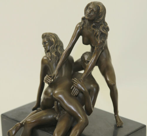 Signed Vintage Rare Mavchi Classic Nude Man plus 2 Naked Woman in Action Bronze