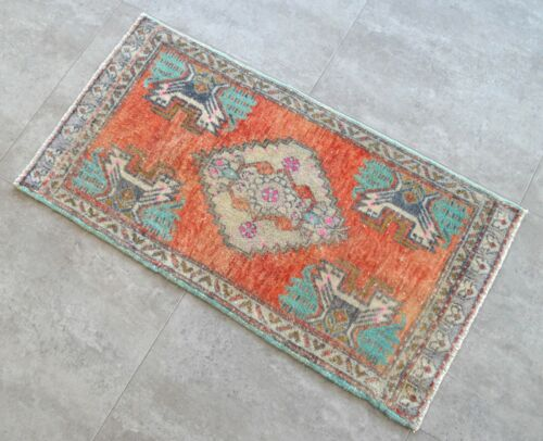 """Vintage Distressed Small Area Rug Hand Knotted Oushak Rugs Yastik -1' 7""""x 3' 1'"""