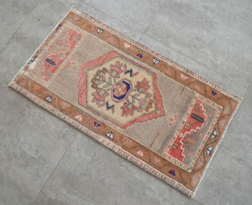 """Vintage Distressed Small Area Rug Hand Knotted Oushak Rugs Yastik -1'6""""x2'9'"""