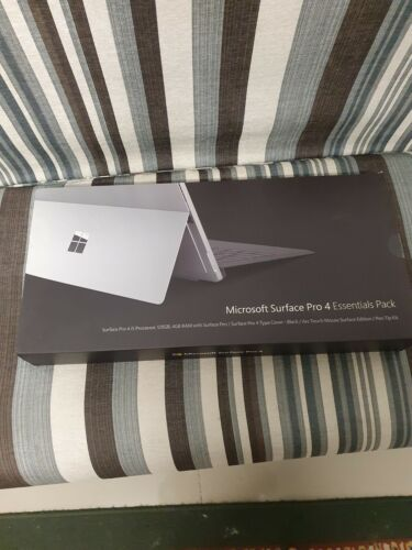 Microsoft Surface Pro 4 128GB Essentials pack, Wi-Fi, 12.3 inch - Silver