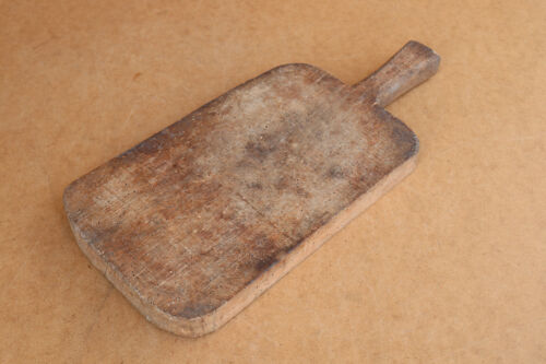 Old Antique Primitive Wooden Wood Bread Cutting Board Scoop Shovel Plate Salver