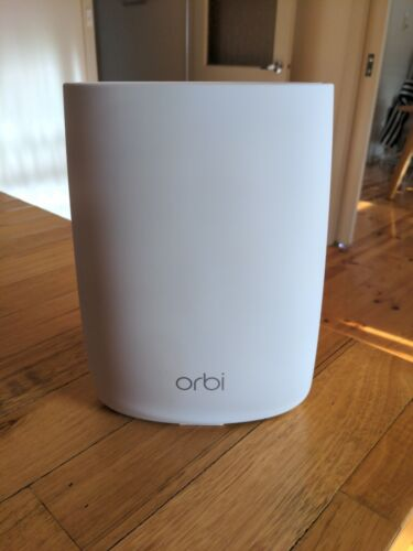 NETGEAR Orbi RBS50 Add-on Satellite AC3000 Tri-Band Mesh WiFi
